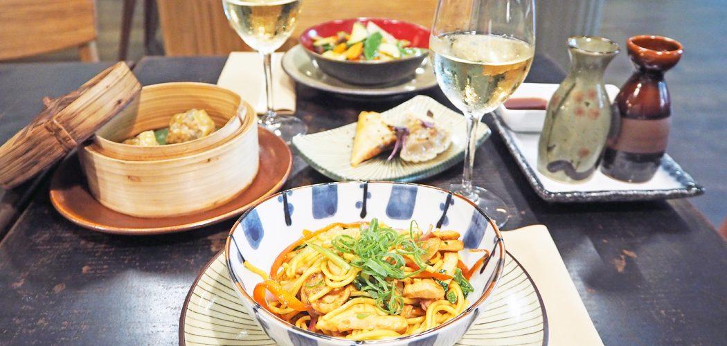 FAN HO / Taverna Oriental