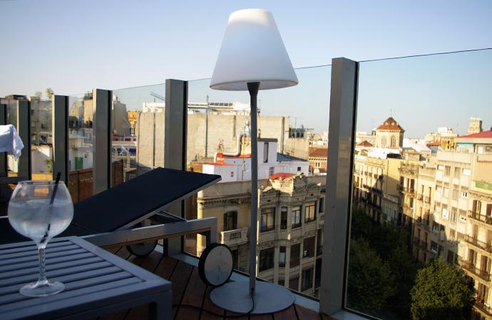 Resultado de imagen de terraza hotel Axel