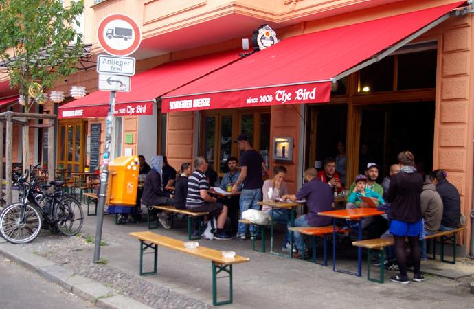 Style-by-bru-guia-fin-de-semana-dos-dias-en-berlin-restaurante-burger-the-bird-2