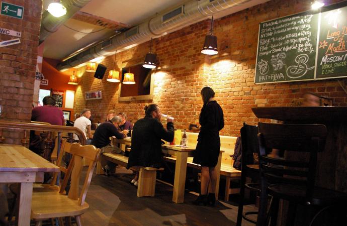 Style-by-bru-guia-fin-de-semana-dos-dias-en-berlin-restaurante-burger-the-bird-5