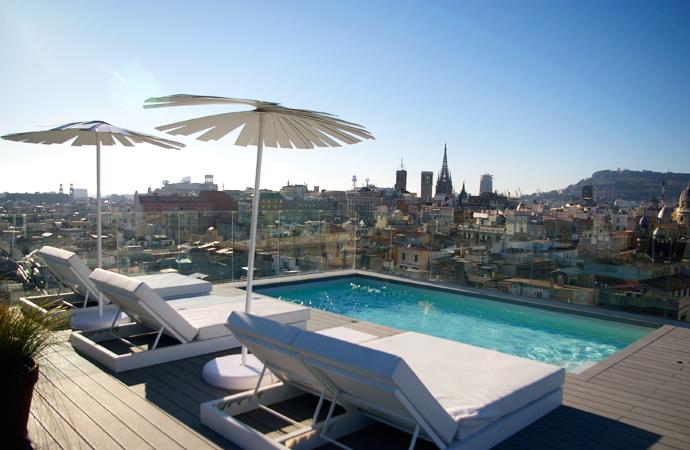 Hotel yurbban trafalgar barcelona stylebybrustylebybru for Piscina trafalgar