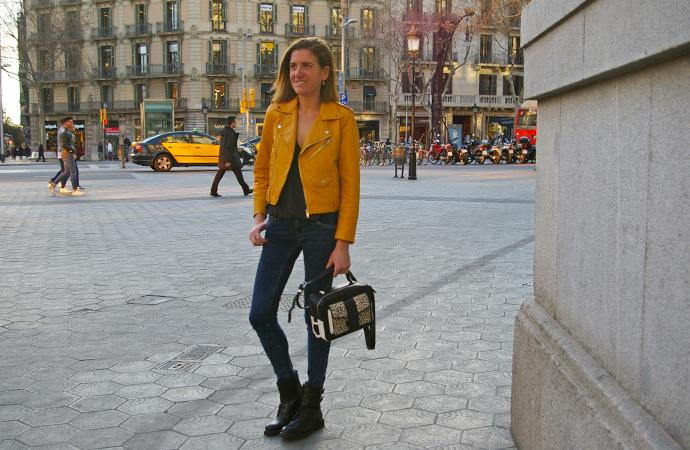 style-by-bru-outfit-chaqueta-mostaza-zara-1