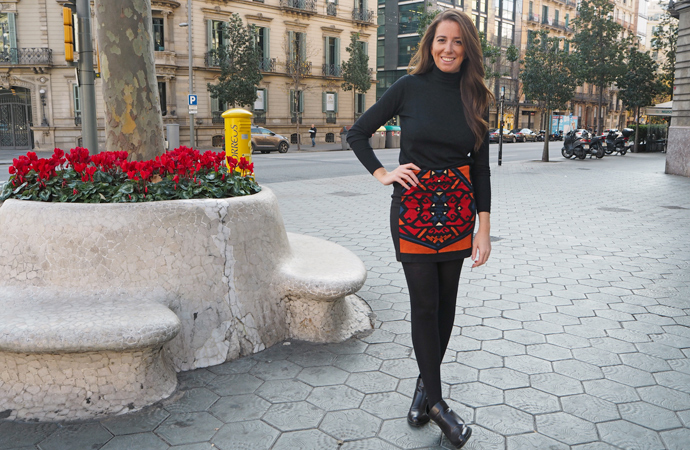 style-by-bru-embroidered-pencil-skirt-outfit-4