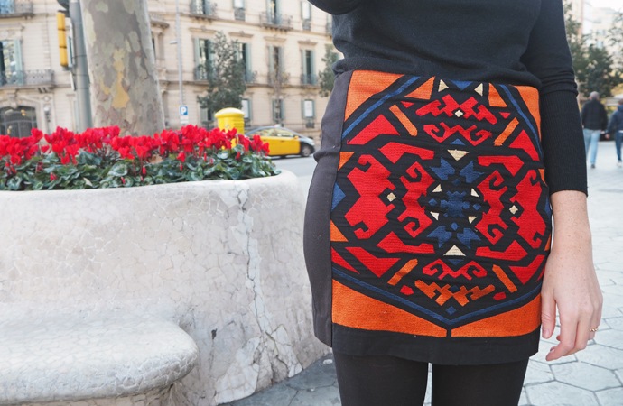 style-by-bru-embroidered-pencil-skirt-outfit-5